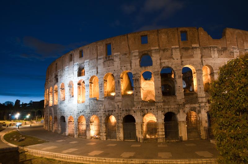 Visit Rome's Sites at Night!