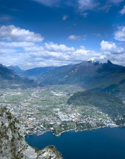 Poetry On the Water: Exploring Lake Garda's Southern Spots