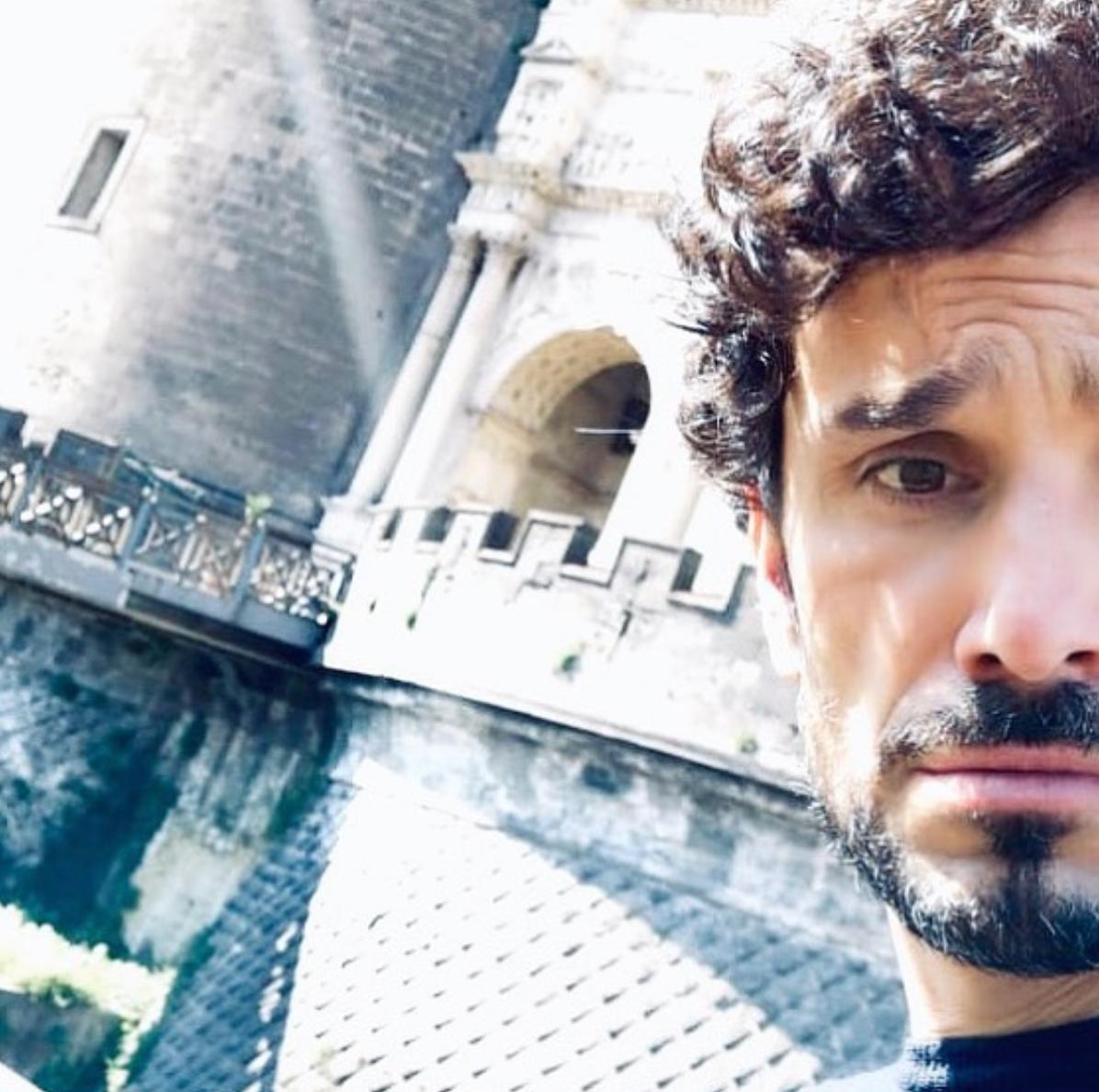 Andrea Fiorillo, guide in Naples, Italian actor, Italian storyteller
