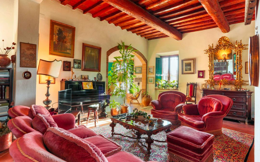 Real Estate in Italy: Villa near Florence